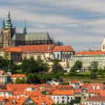 Na českém velvyslanectví v Rusku zůstane pět diplomatů, uvedl Hrad