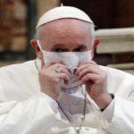 """Od 1. října vstup do Vatikánu pouze se """"zeleným pasem"""""""